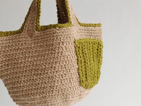 クロッシェジュート〈細〉カラーで編んだジュートバッグ