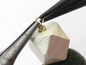 イヤリングの作り方13
