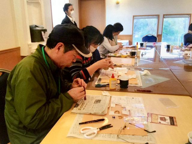 革小物とつまみ細工の出張手作りイベントレポート